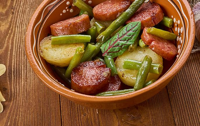 Potato with Showboat Sausages - Show Boat Brand